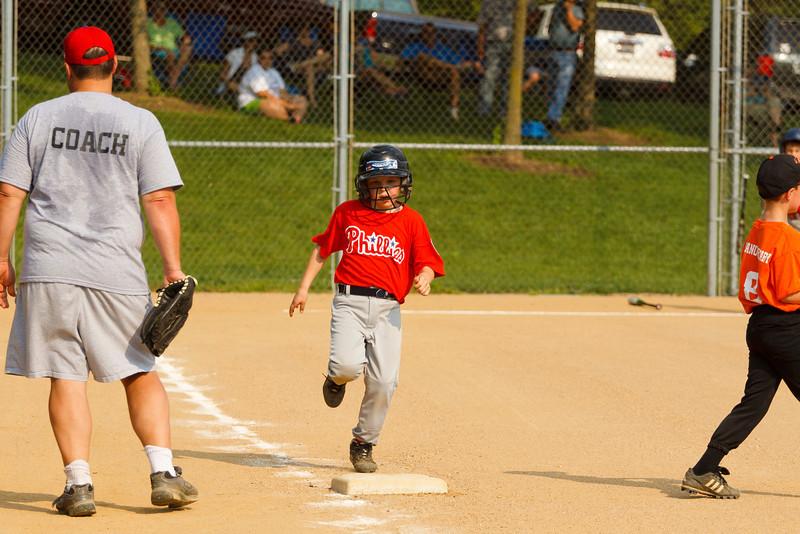 Dwight Baseball 5-31-11-34