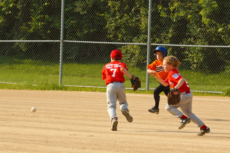 Dwight Baseball 5-31-11-120