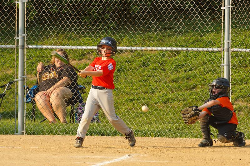 Dwight Baseball 5-31-11-190