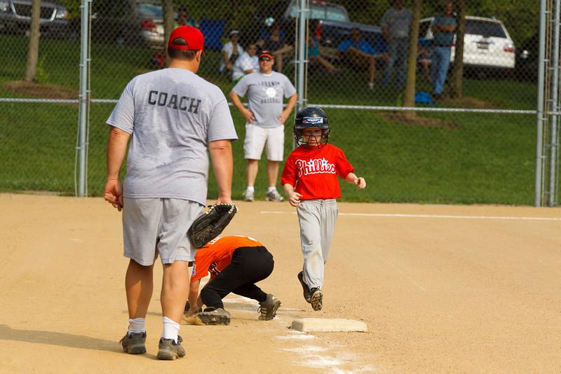 Dwight Baseball 5-31-11-24