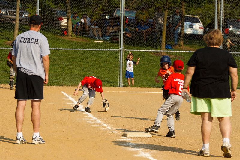Dwight Baseball 5-31-11-71