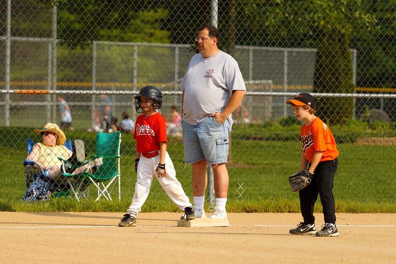 Dwight Baseball 5-31-11-28