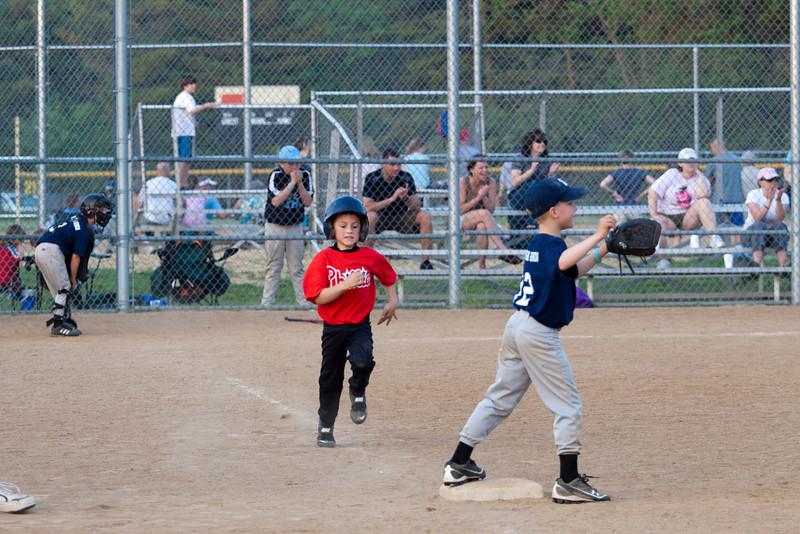 Dwight Baseball 5-12-11-191