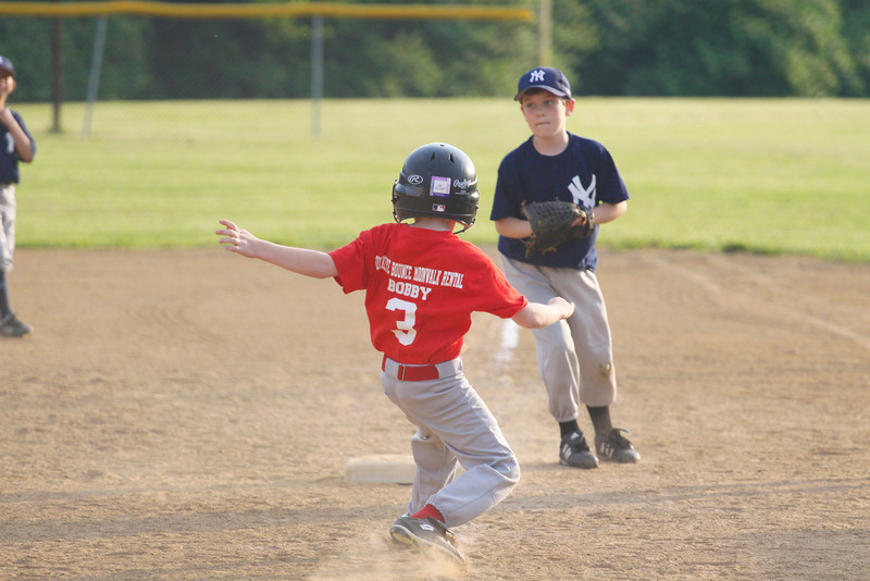 Dwight Baseball 5-12-11-4