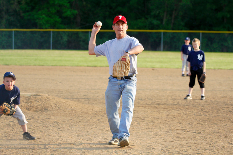 Dwight Baseball 5-12-11-25