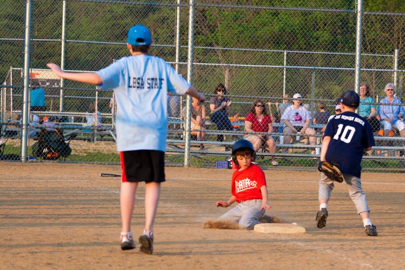 Dwight Baseball 5-12-11-116