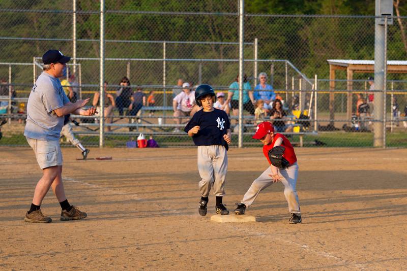 Dwight Baseball 5-12-11-105