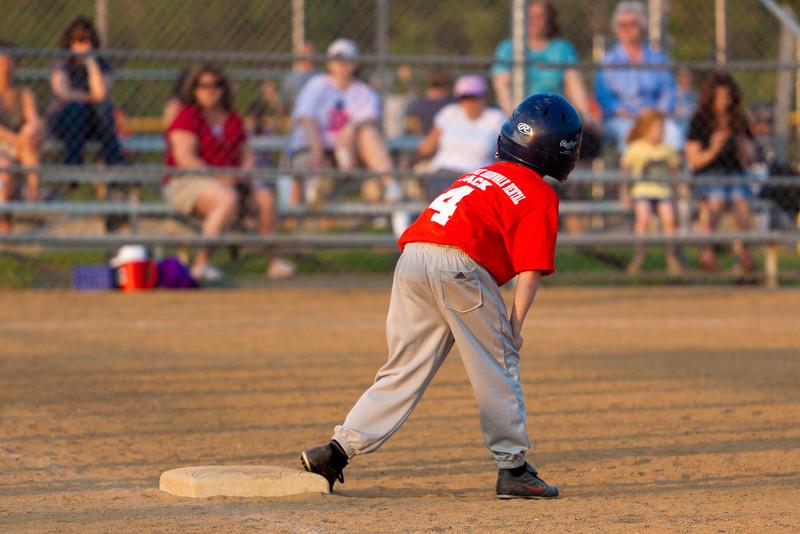 Dwight Baseball 5-12-11-121