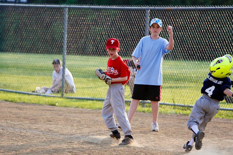 Dwight Baseball 5-12-11-44