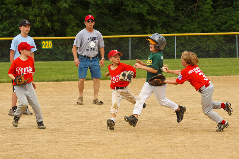 Dwight Baseball 6-5-11-145