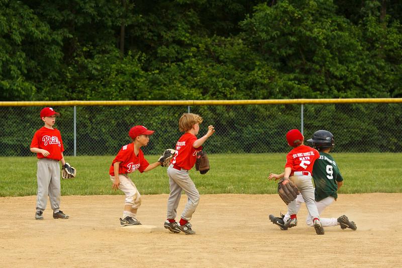 Dwight Baseball 6-5-11-142