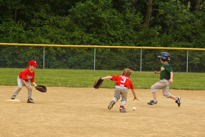 Dwight Baseball 6-5-11-134