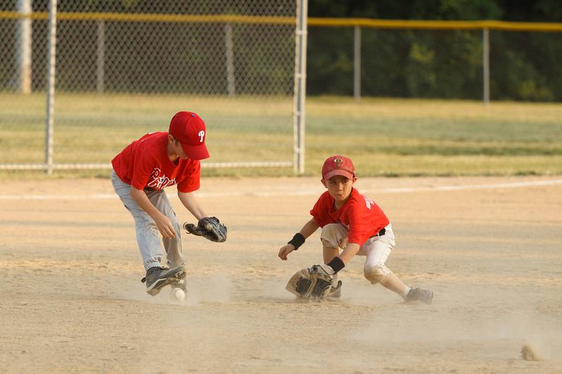 Dwight Baseball 6-9-11-181