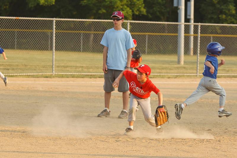 Dwight Baseball 6-9-11-186