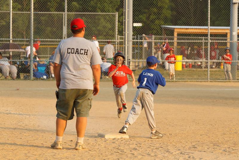 Dwight Baseball 6-9-11-201