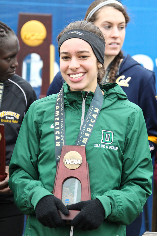 Abbey D'Agostino of Dartmouth finished 3rd.