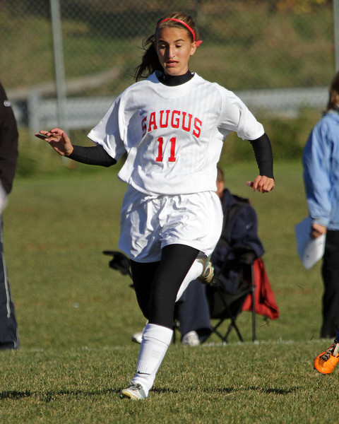 Saugus Varsity vs Bedford 11-05-11- 018ps