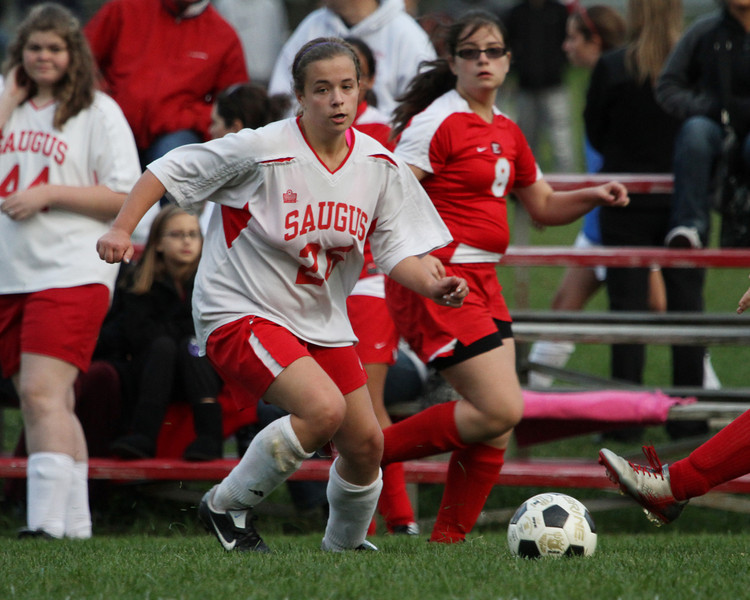 Saugus vs Everett 10-22-11- 132ps