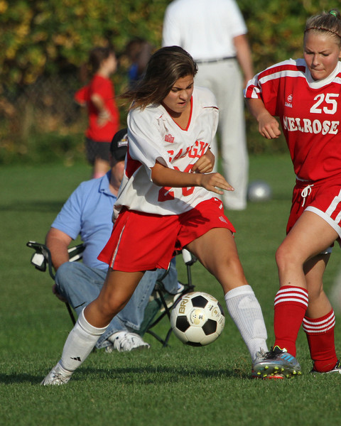 Saugus vs Melrose 09-30-11- 195ps
