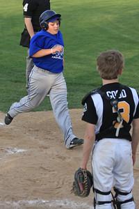 2011 Troy Sports Huddle Game 9-3196