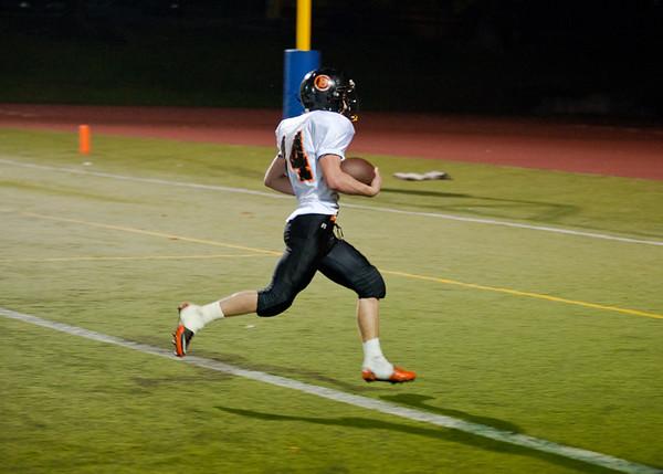 2011 10-15 Blaine Football - Red Raiders-9465