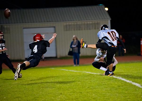 2011 9-30 Blaine Football - Mt  Baker-8151