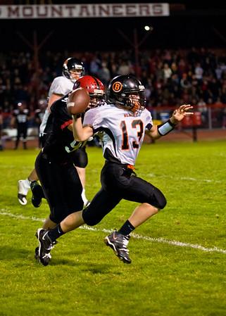 2011 9-30 Blaine Football - Mt  Baker-8308