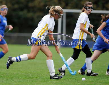 9/20/2011 Mike Orazzzi | Staff Newington's Nicole Delude during Tuesday's field hockey match with Southington at NHS.