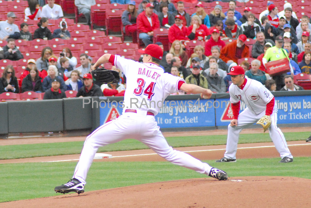 Cincinnati Reds pitcher Homer Bailey delivers against the Chicago Cubs on 5/16/2011.