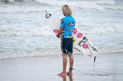 082912JTO_SURFING_-3732
