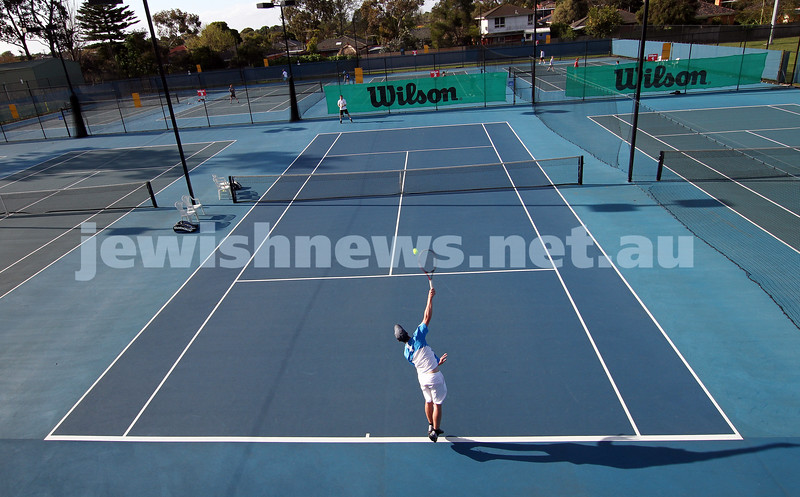 30-9-12. Victorian Jewish Tennis Championships. Paul Arber def Luke Goldberg, 6 - 1, 6 - 3. Luke Goldberg serving. Photo: Peter Haskin