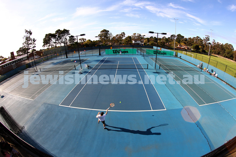 30-9-12. Victorian Jewish Tennis Championships. Paul Arber def Luke Goldberg, 6 - 1, 6 - 3. Photo: Peter Haskin