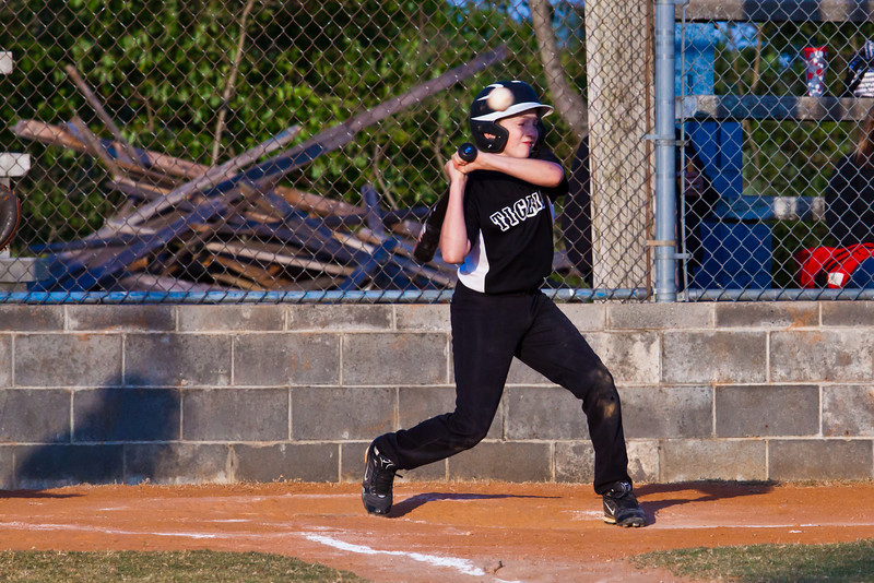 20120424_TigerBaseball-1046-1040