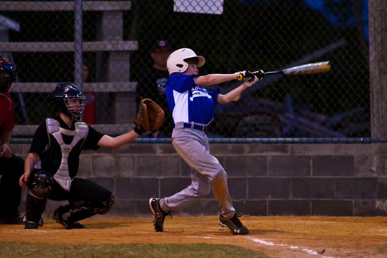 20120424_TigerBaseball-1257-1041