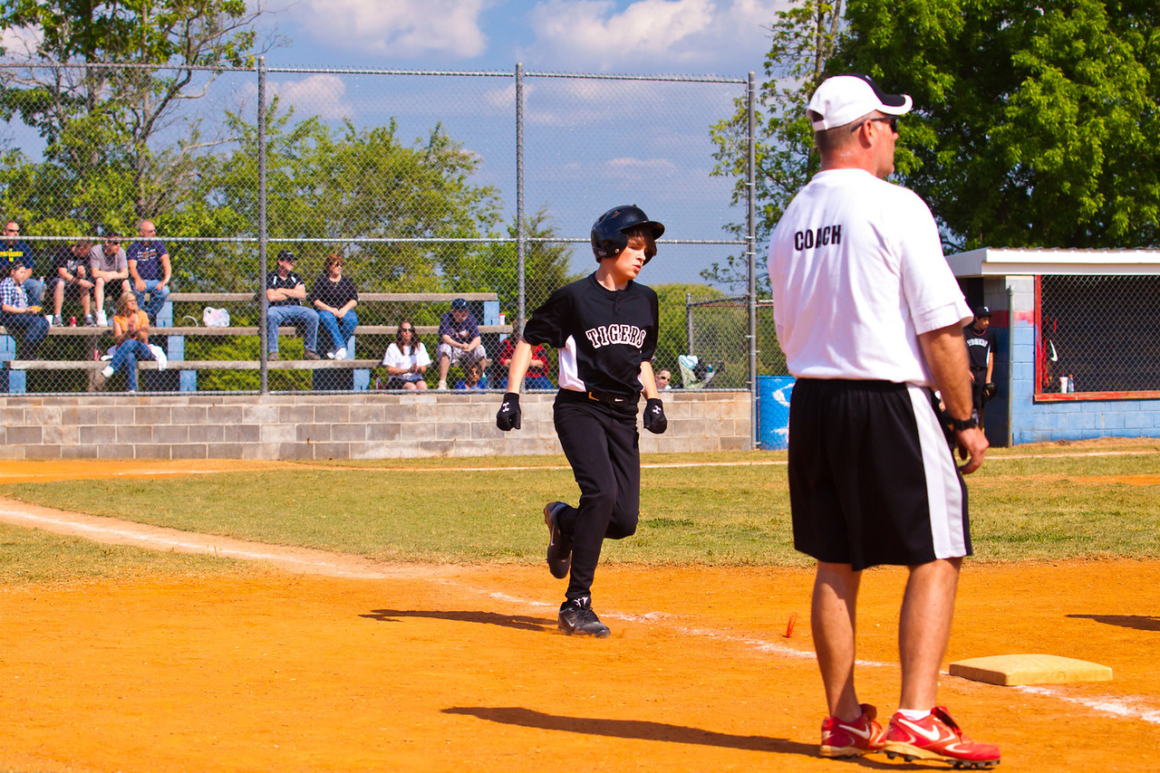 20120407_TigersBaseball-1054-1041