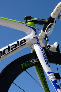 Sagan backup bike on top of the team car. Look close on the top tube and you will see his name.