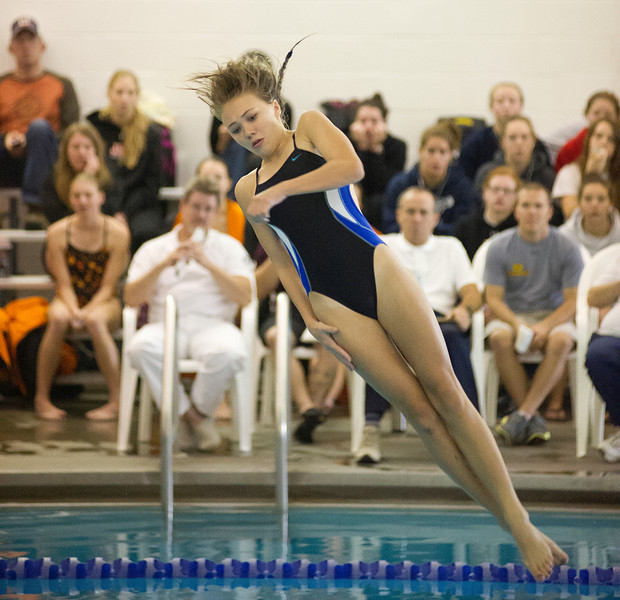 Lady Broncs diver Sarah Von Krosigk competes in diving during the Sheridan invite Saturday at the Junior High School pool. (Justin Sheely/The Sheridan Press)