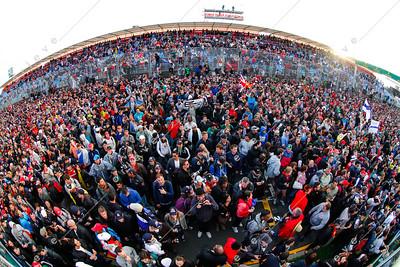 2013 Australian F1 GP - F1 Fans gather around the podium