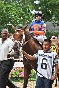 Micromanage, trained by Todd Pletcher, with Joe Bravo up.