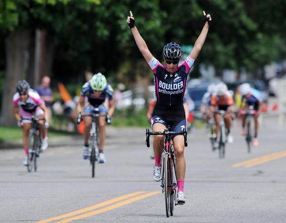 Longmont Criterium Cycling54  Longmont Criterium Cycling54Longmo