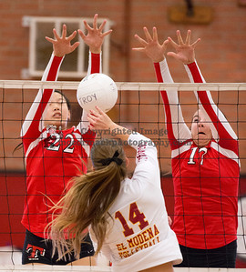9/9/2013:  Photograph taken during El Modena at Troy girls volleyball match. mccormackphotography.com / jim.mccormack@mac.com