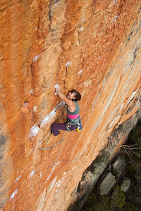 Leslie working the short person beta on the immaculate Serpentine 29 Taipan wall, Grampians
