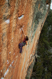 Leslie working the immaculate Serpentine 29 Taipan wall, Grampians