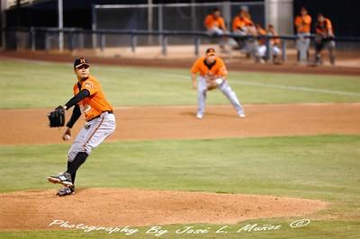 2014-09-19-274  Naranjeros de Hermosillo Pitcher # 32 Leonel Zazueta
