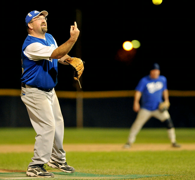 Brent Godwin throws a pitch for the Metz Beverage team on Saturday at Thorne-Rider Stadium. The Sheridan Press Mike Pruden