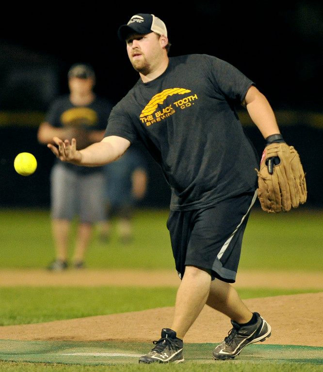 Ethan Wood pitches for the Blacktooth Brewing Co. team during the men's league softball championship on Saturday at Thorne-Rider Stadium. The Sheridan Press|Mike Pruden