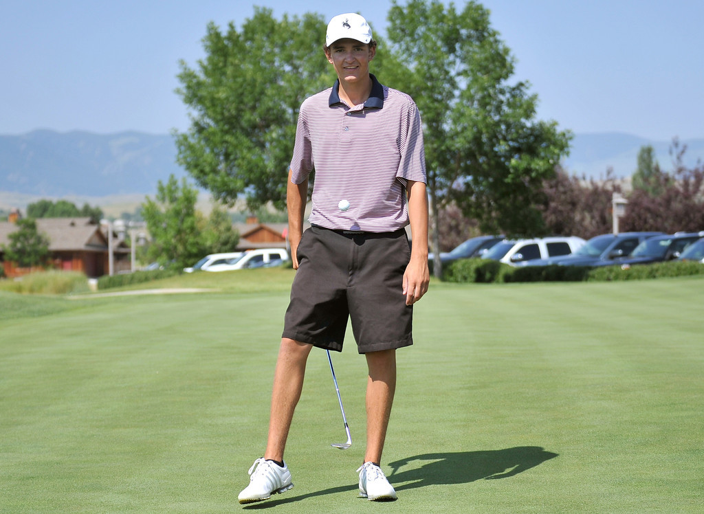 Sheridan High School golfer Jack Mavrakis takes a break from a practice session to bounce a golf ball on his wedge on Wednesday at the Powder Horn. Mavrakis will play for Team Wyoming in the Junior America's Cup next week in Vancouver. The Sheridan Press|Mike Pruden