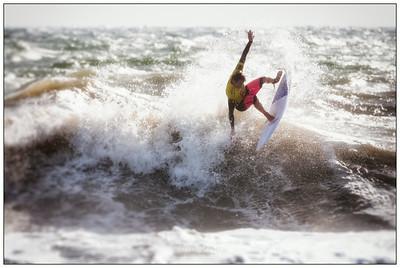 082414JTO_DSC_3555_Surfing-Vans Pro-Raphael Seixas- Rd4 Heat 5