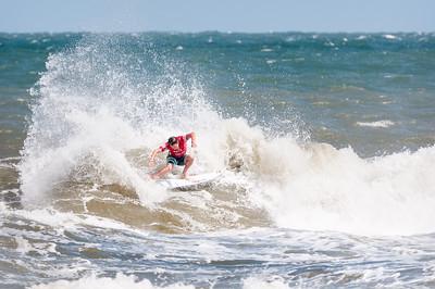 082414JTO_DSC_5366_Surfing-Vans Pro-Michael Dunphy_Victory