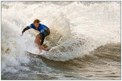 0_082414JTO_DSC_3209_Surfing--Vans Pro-Patrick Gudauskas-Winner Rd4 Heat 2